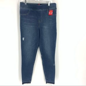 NWT Spanx Fitted Jeans/Jeggings